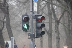 В Берлине забавные светофоры