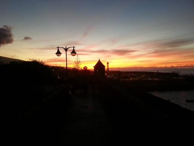 Безумно красивый закат на Севере Тенерифе